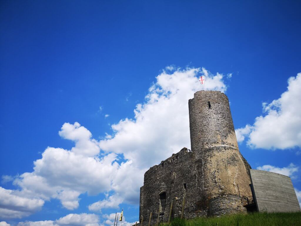 Unser Roadtrip an die Mosel im Juni: Burg Landshut