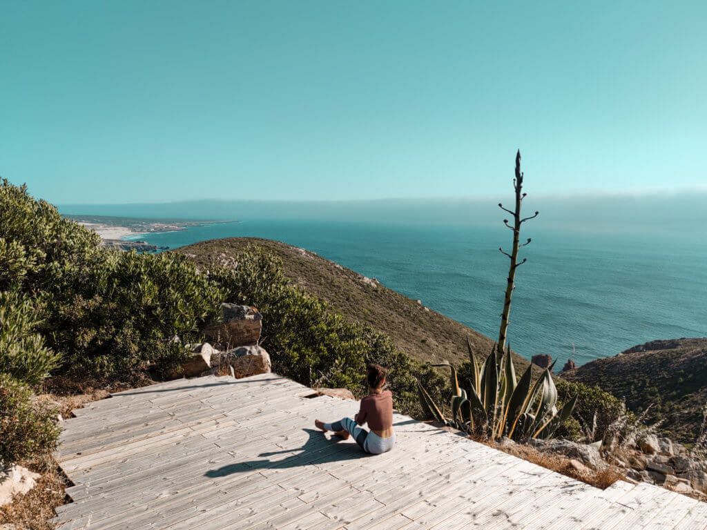 Karma Surf Retreat: Yoga Plattform